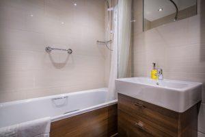 OldBridge_Room_30_Bathroom