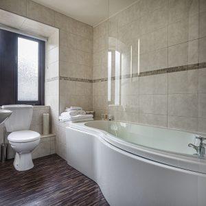 Room 27 Superior Double Bathroom